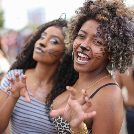 Compre suas fotos do evento Blocos de rua - Lgo. da Batata no Fotop