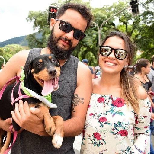 Compre suas fotos do evento Segunda cãominhada  no Fotop