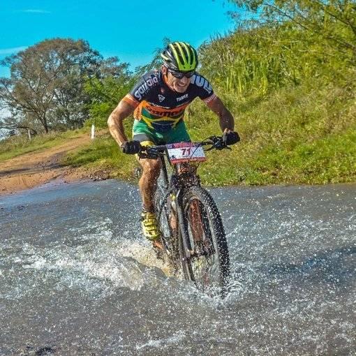 Compre suas fotos do evento Brasil Ride - Warm Up 15 a 18/06 no Fotop