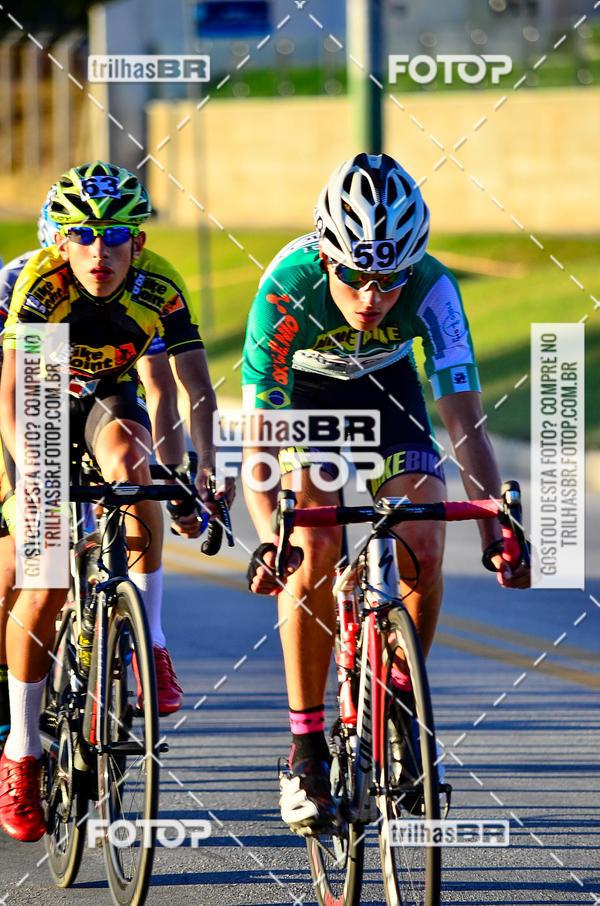Buy your photos at this event 11ª Volta Ciclística de Brusque on Fotop
