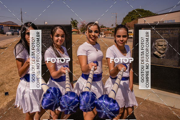 Buy your photos at this event Desfile da Independência da E. E. Zico Mendonça on Fotop