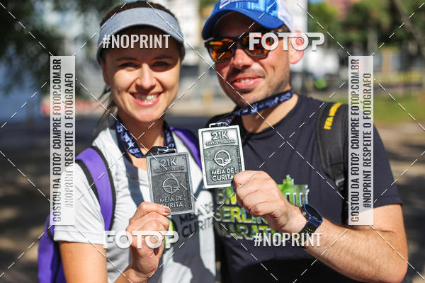 Buy your photos at this event Meia Maratona de Curitiba 2019 on Fotop
