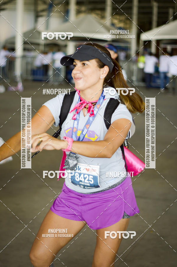 Buy your photos at this event Corrida Superman & Supergirl - RJ on Fotop