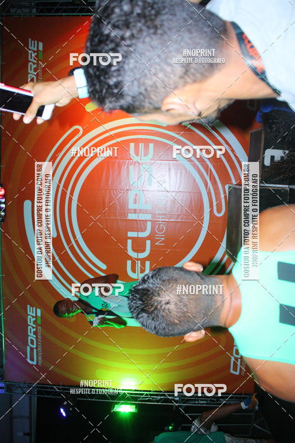 Buy your photos at this event Eclipse Night Run (Niterói) on Fotop