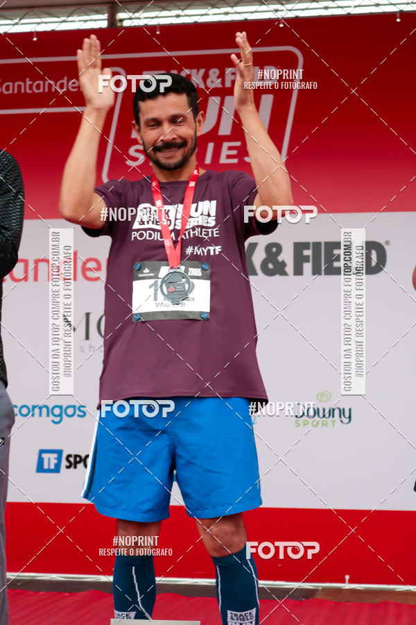 Buy your photos at this event SANTANDER TRACK&FIELD RUN SERIES Mogi Shopping on Fotop