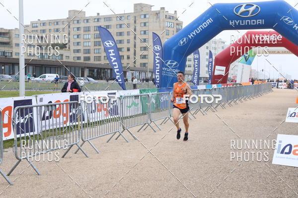 Compre suas fotos do eventoMeia Maratona Matosinhos 2019 on Fotop