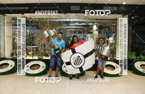 Buy your photos at this event Tour Vila Belmiro - 14 de Abril     on Fotop