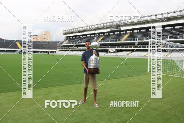 Buy your photos at this event Tour Vila Belmiro - 24 de Abril   on Fotop