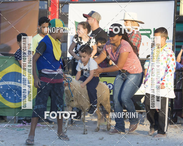 Compre suas fotos do eventoFestival Sertanejo de Jandira - Rodeio em Carneiro on Fotop
