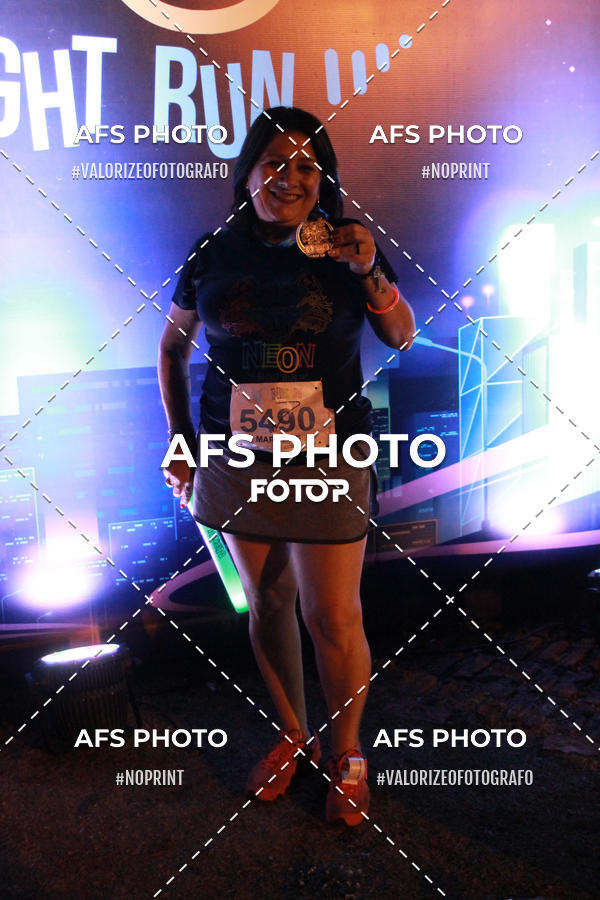 Compre suas fotos do eventoNeon Night Run 2019 - Belo Horizonte on Fotop