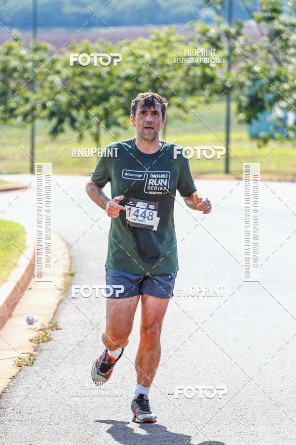 Buy your photos at this event Track Field Run Series Etapa 2 - Ribeirão Preto on Fotop
