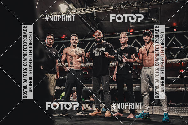 Buy your photos at this event WAR MUAY THAI 57  on Fotop