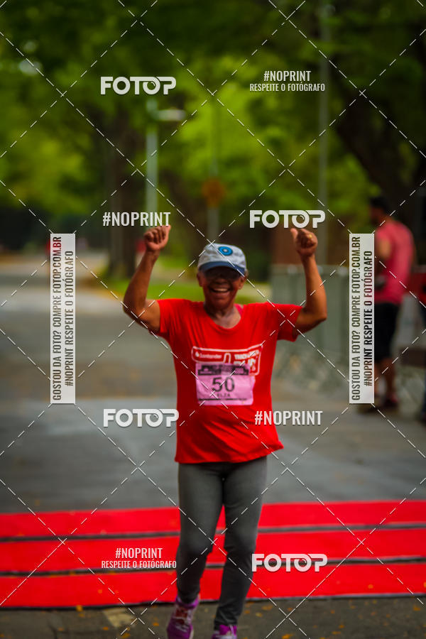 Compre suas fotos do eventoSantander Track&Field Run Series - Amigo de Valor on Fotop