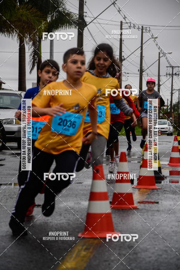 Buy your photos at this event MEIA MARATONA DE PINHAIS UNINTER 2019 on Fotop