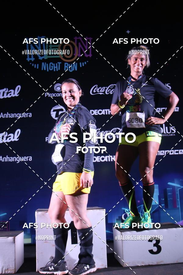 Compre suas fotos do eventoNeon Night Run 2019 - Brasilia on Fotop