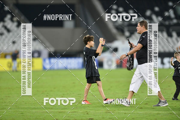 Buy your photos at this event Botafogo x Goiás – Nilton Santos - 09/10/2019 on Fotop
