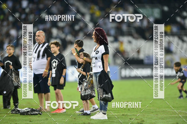 Buy your photos at this event Botafogo x Goiás – Nilton Santos - 09/10/2019 on Fotop