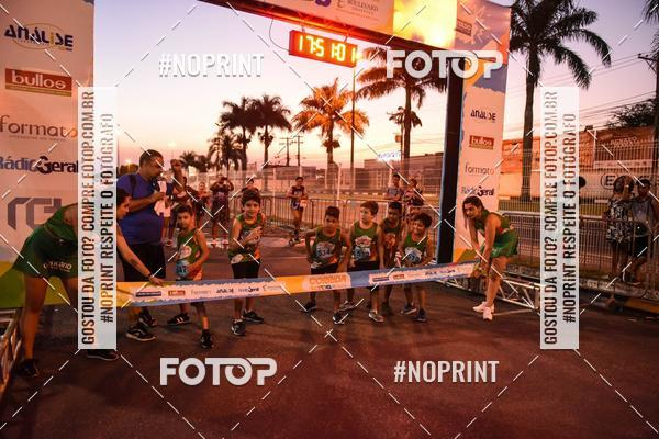 Buy your photos at this event Corrida Kids Boulevard on Fotop