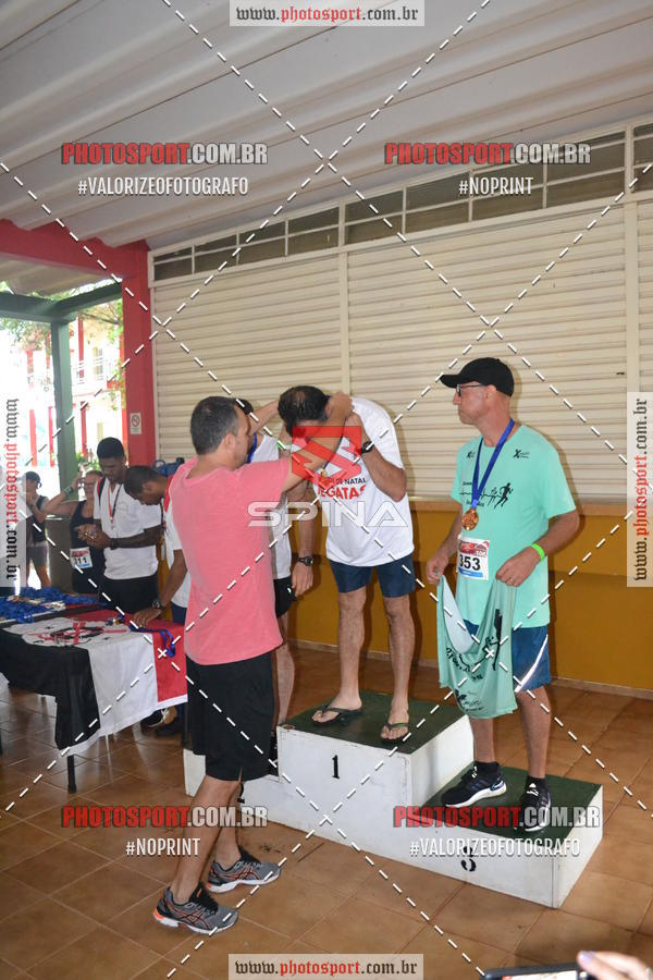 Buy your photos at this event Corrida de Natal do Clube de Regatas on Fotop