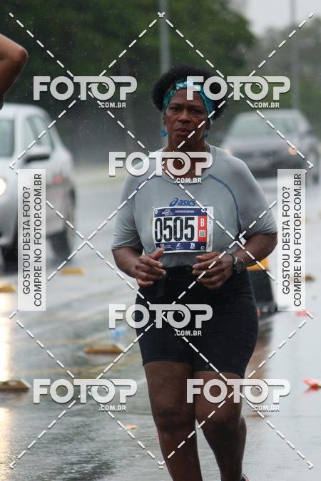 Buy your photos at this event Asics Golden Run Brasília on Fotop