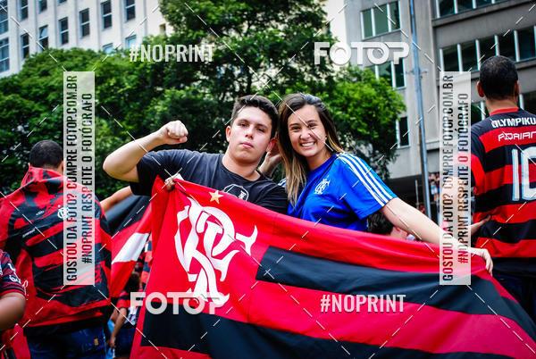 Buy your photos at this event Flamengo Campeão da libertadores - Chegada dos jogadores on Fotop