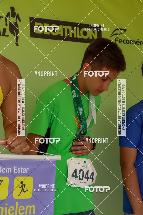 Buy your photos at this event 7ª Corrida de Natal de Porto Alegre on Fotop