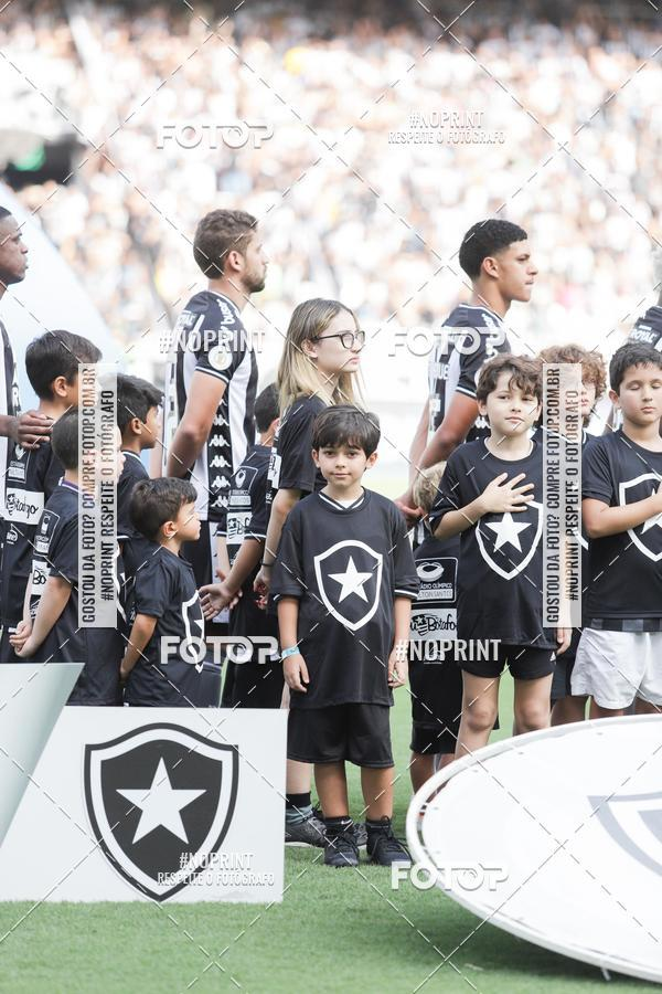 Buy your photos at this event Botafogo x Ceará – Nilton Santos - 08/12/2019 on Fotop