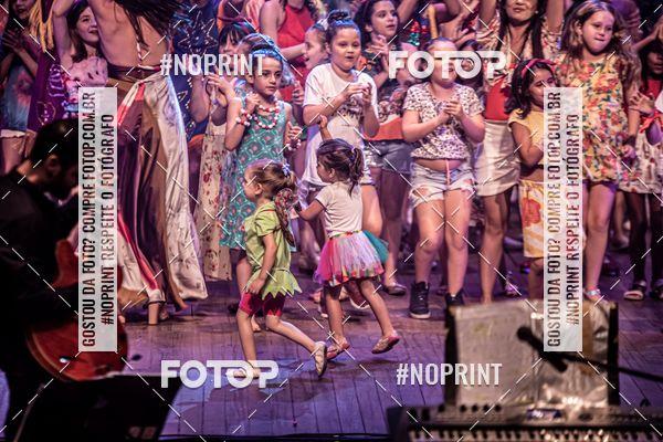 Buy your photos at this event Garagem da Dança  - Cada Canto um Conto - 07 e  08 de Dezembro de 2019 on Fotop