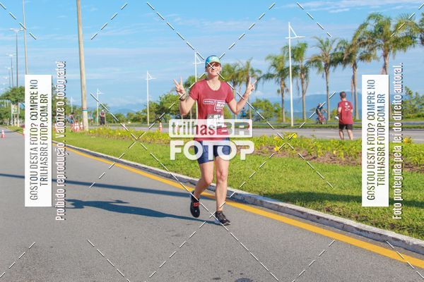 Buy your photos at this event Santander Track&Field Run Series - Iguatemi Florianópolis on Fotop