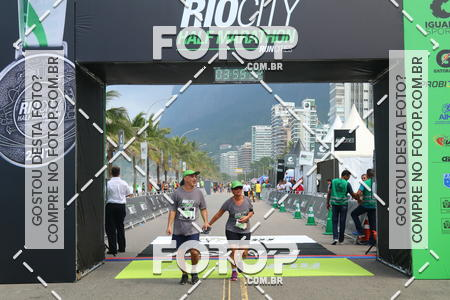 Buy your photos at this event Rio City Half Marathon 2017 on Fotop