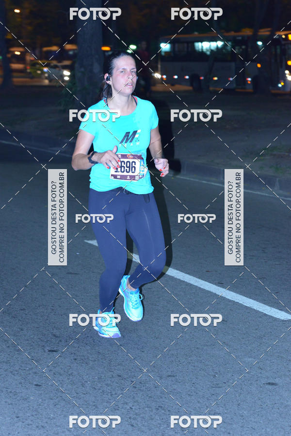 Buy your photos at this event Run The Night - Rio de Janeiro on Fotop