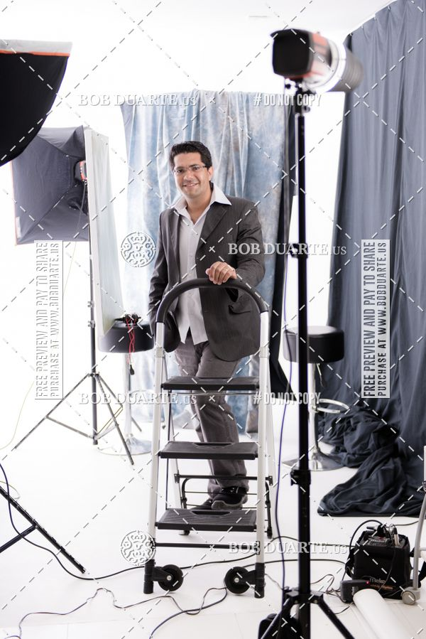 Buy your photos at this event Singer Cover Photo on Fotop
