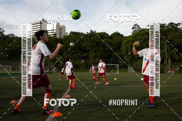 Buy your photos at this event HORÁRIO 16:30 -  Treino Escolinha de Futebol do Roma/ Volta Redonda-RJ  on Fotop