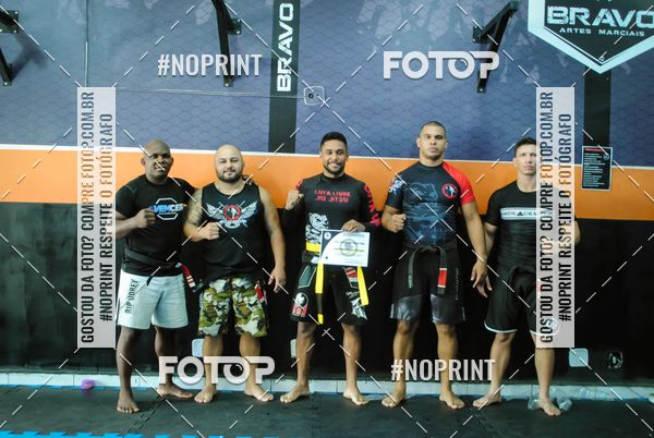 Buy your photos at this event Graduação de Luta Livre - BRAVO ARTES MARCIAIS on Fotop