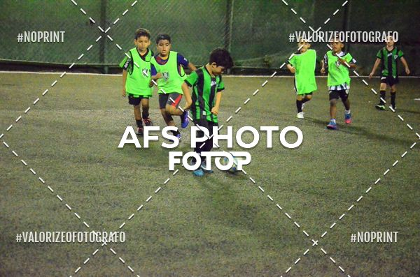Buy your photos at this event Escolinha de Futebol do América (Coreu) : Visita do jogador Everton Luiz on Fotop
