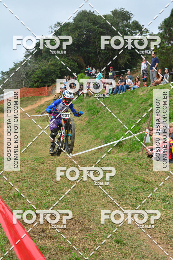 Buy your photos at this event COPA INTERNACIONAL DOWNHILL 2017   on Fotop