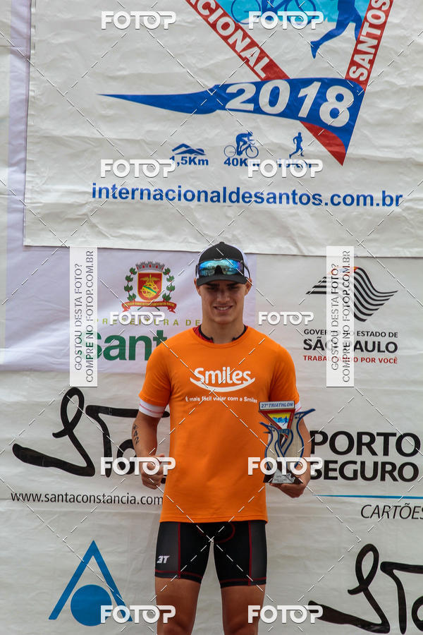 Compre suas fotos do evento27º Triathlon Internacional de Santos - 2018 on Fotop