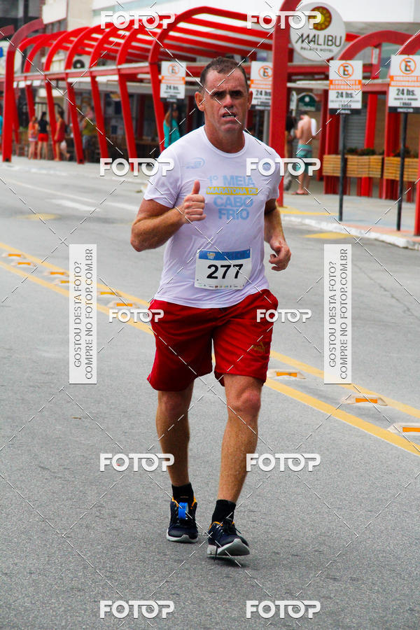 Buy your photos at this event Meia Maratona de Cabo Frio on Fotop