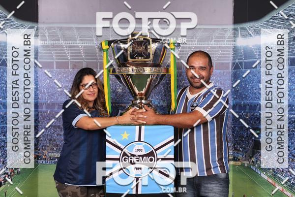 Buy your photos at this event Loja Grêmio Mania 28/10/2017 on Fotop