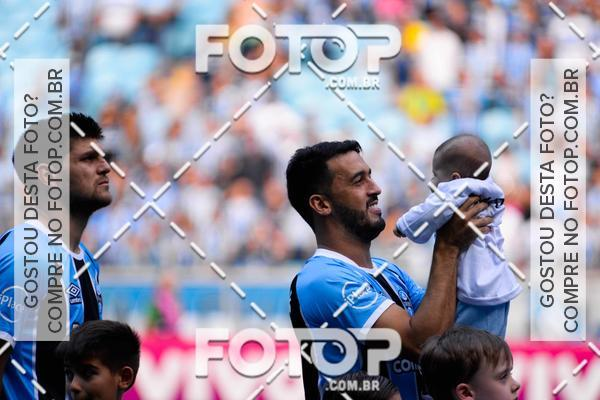 Buy your photos at this event Crianças no campo GrêmioXFlamengo 05/11/2017 on Fotop
