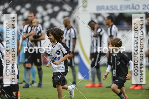 Buy your photos at this event  Botafogo  x Atlético-PR – Nilton Santos – 11/11/2017 on Fotop