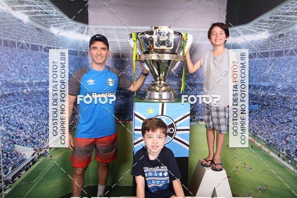 Buy your photos at this event Loja Grêmio Mania 15/11/2017   on Fotop