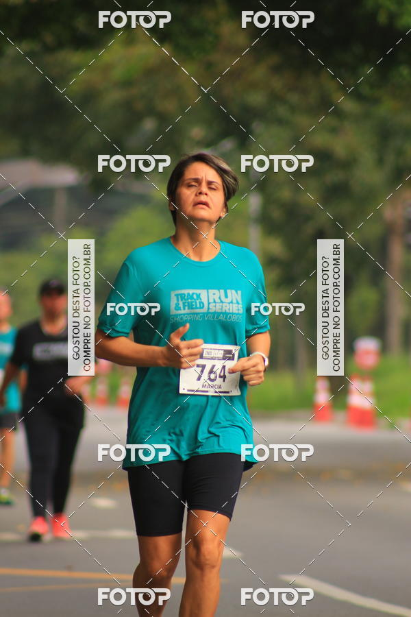Buy your photos at this event Track & Field Run Series - Shopping Villa Lobos I on Fotop