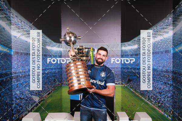 Buy your photos at this event Loja Grêmio Mania 16/11/2017 até 21/11/2017 on Fotop