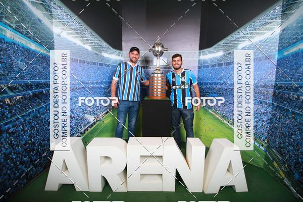Buy your photos at this event Loja Grêmio Mania 22/11/2017 on Fotop
