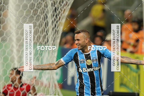 Buy your photos at this event Grêmio x Brasil de Pelotas - Gauchão 2018 on Fotop