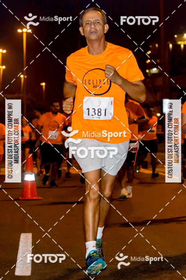 Compre suas fotos do eventoEclipse Night Run - Etapa Recreio on Fotop