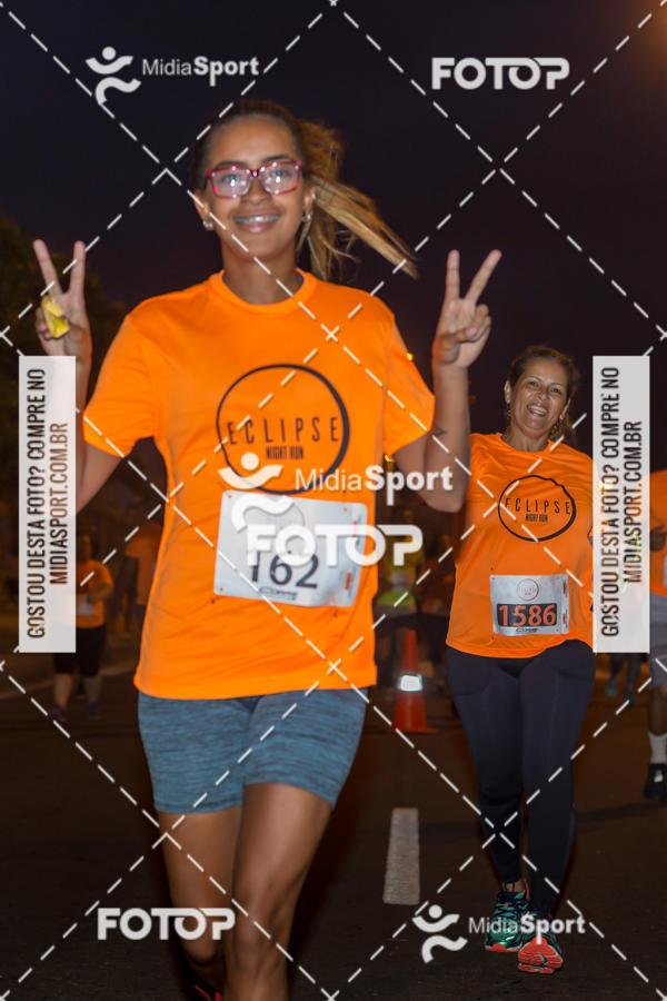 Buy your photos at this event Eclipse Night Run - Etapa Recreio on Fotop
