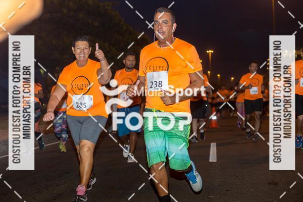 Compre suas fotos do evento Eclipse Night Run - Etapa Recreio no Fotop
