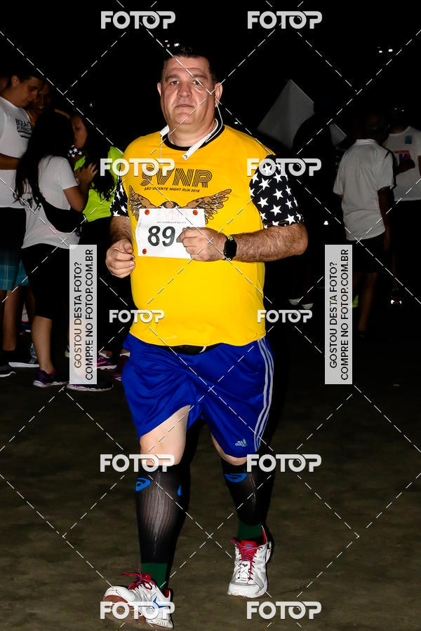 Buy your photos at this event São Vicente Night Run 2018 on Fotop
